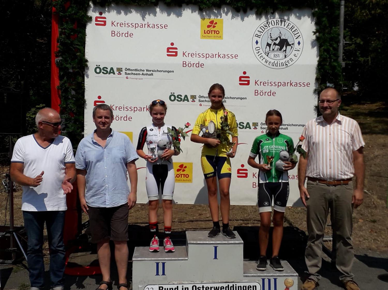 Siegerehrung U13 weiblich; Tina  belegte den 1. Platz