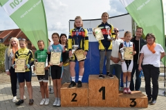 14)Gesamtsiegerehrung NWC U13w, Tina Platz 1, Maria Platz 2