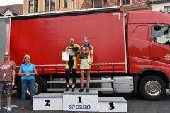 Siegerehrung U15 weiblich, Miri Platz 1, Emma Platz 2